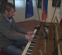 Ptuj gosti tekmovanje pisanistov na historični klavir