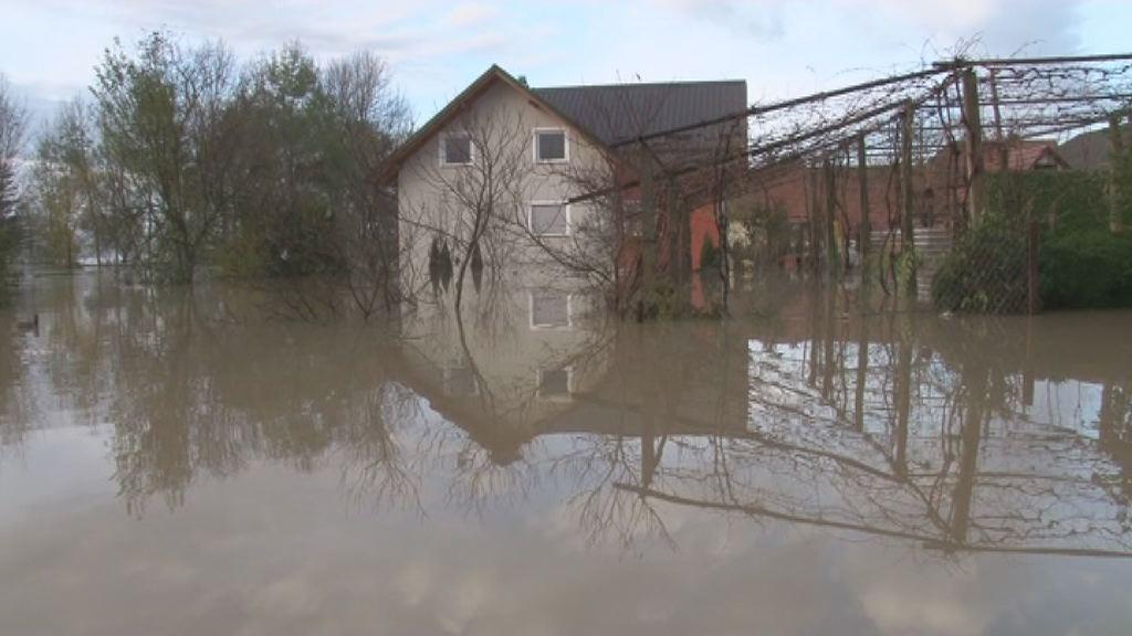 poplave hisa