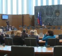 Poslanci ta mesec o strukturnih reformah