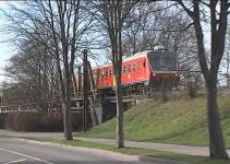 Protihrupne ograde ob železniški progi