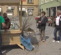 Zeleni Slovenije ob Dnevu Zemlje delili drevesne sadike