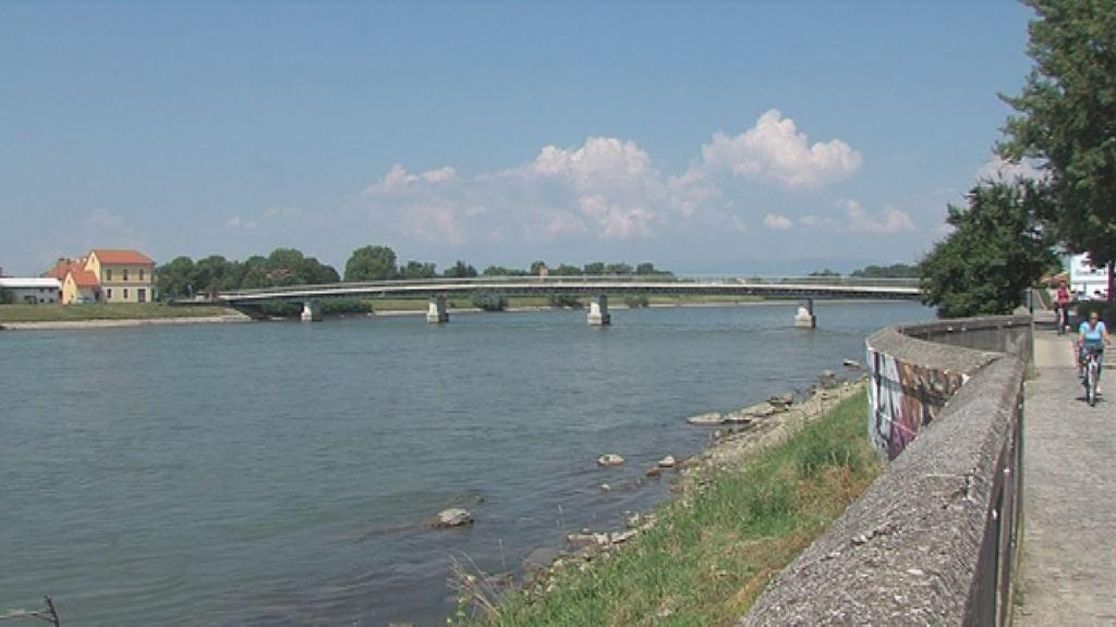 Pregled brežin reke Drave