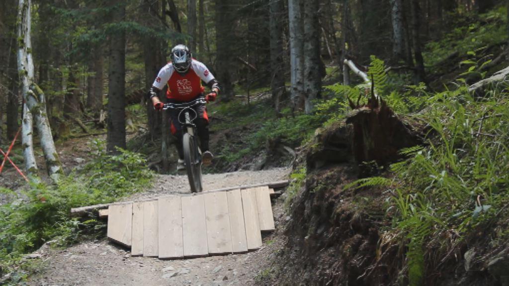 Novo downhill kolesarsko društvo