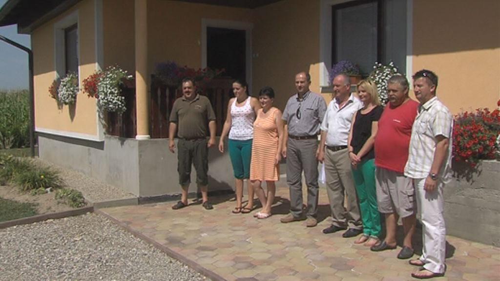 obnovljena hisa Kosijevih po poplavah