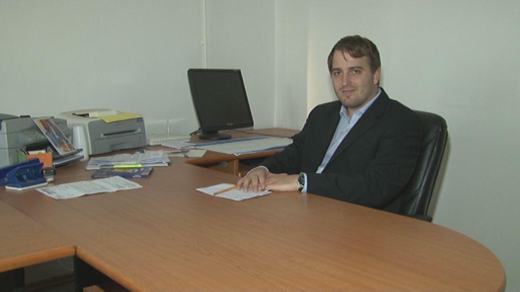 Andrej Čuš je odprl poslansko pisarno na Ptuju