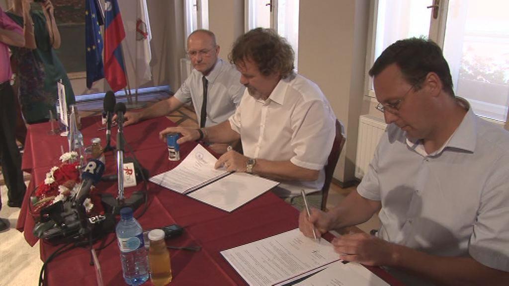 podpis aneksa k pogodbi ljudevita