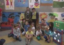 Razstava otrok, ki so ustvarjali na Art Stays delavnicah