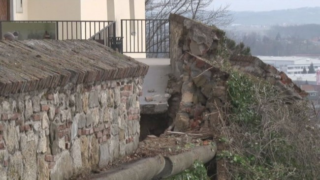 Sanacija grajskega obzidja se zaključuje