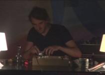 Glasbena Črna miza Hansa Beckersa