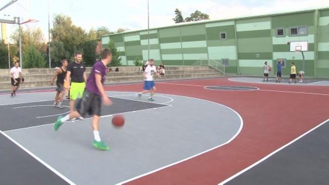 Košarkarsko igrišče zaživelo