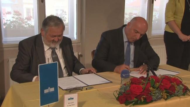 Podpis IOT pogodbe