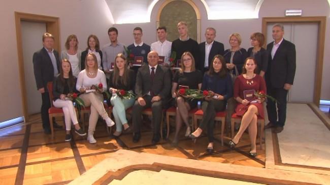 Župan sprejel zlate maturante 2016