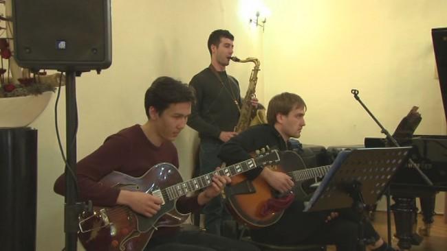 Celodnevni glasbeni workshop