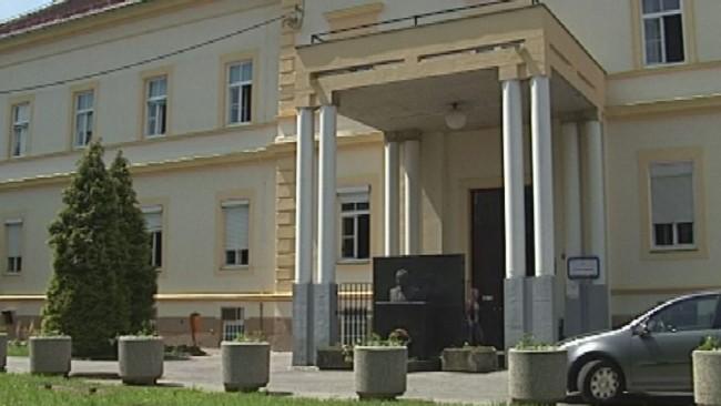 Bolnišnica lani s skoraj 1.2 milijona evrov izgube
