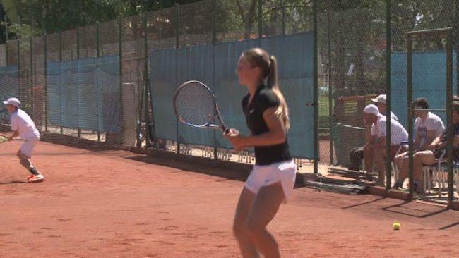 Taja Lončarič državna prvakinja v tenisu