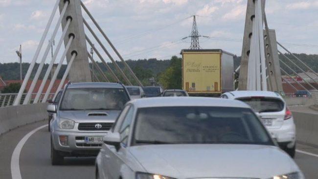 Prvi odzivi na zaprtje starega mostu čez Dravo