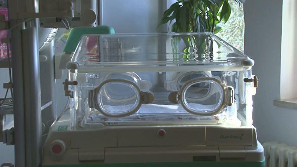 Ptujska porodnišnica ima nov inkubator