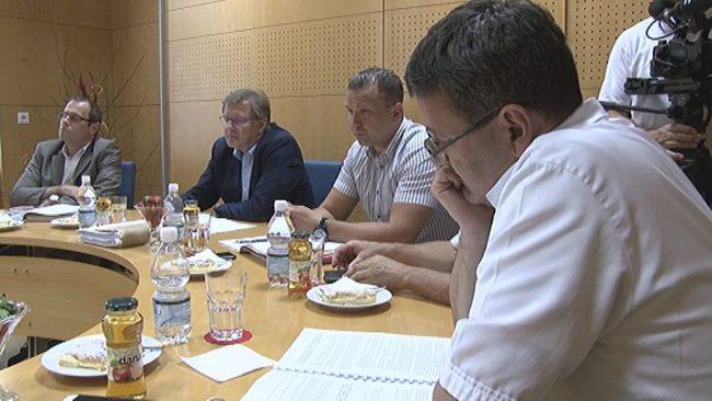 323 tisoč evrov minusa v prvih treh mesecih v ptujski bolnišnici