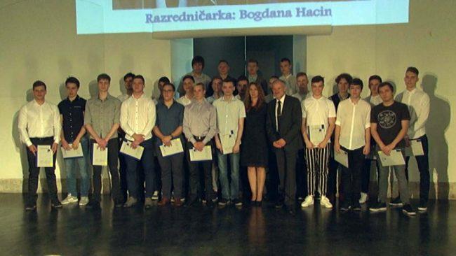 97 diplom za dijake Elektro in računalniške šole Ptuj
