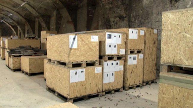 Arheologija shranjena v neprimernih zabojnikih