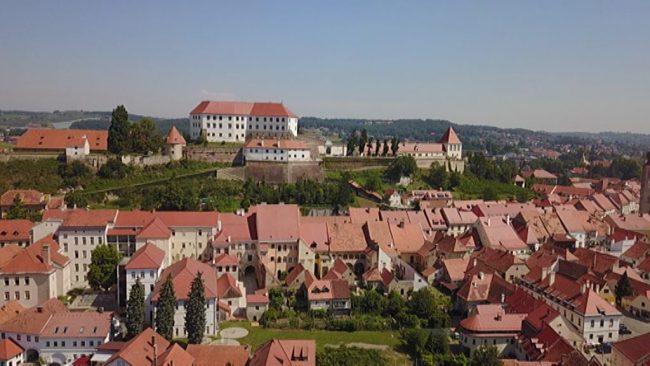 Devet slovenskih gradov in dvorcev pristopilo k cesti gradov