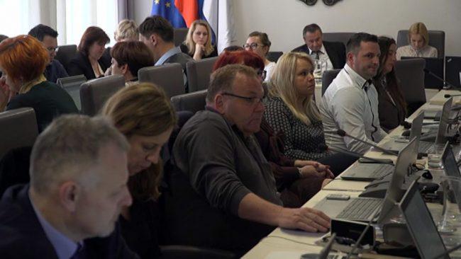 Svetniki in svetnice soglasno potrdili proračun Mestne občine Ptuj