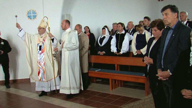 Posvetitev cerkve Leopolda Mandiča