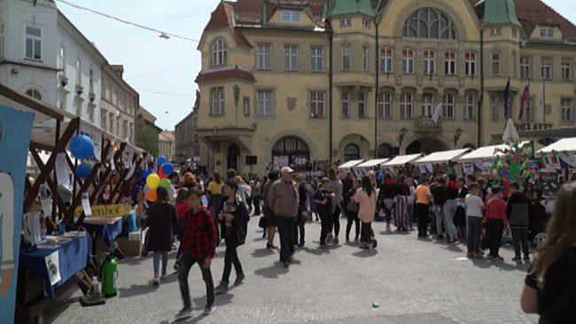 Prireditev posvečena vstopu Slovenije v Evropsko unijo