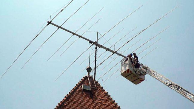 Snetje antene na Ptujskem gradu