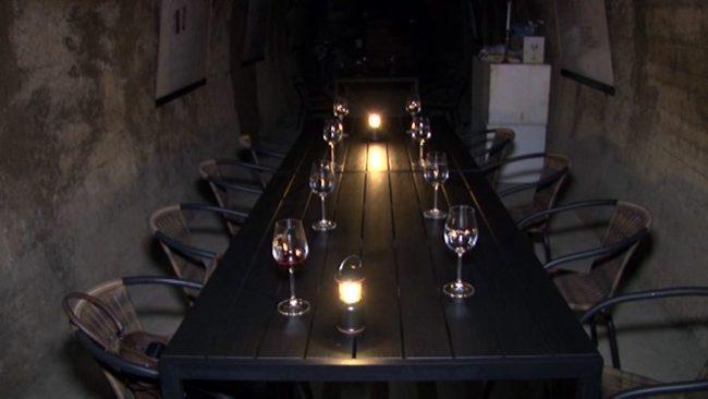 V rovih pod ptujskim gradom zaživele vinske degustacije v temi