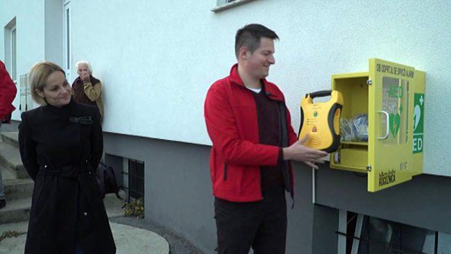 Na Rogoznici in Podvincih dobili nova defibrilatorja