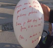 Beli balon v spomin na umrle otroke