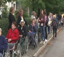Na sprehod za spomin kar 120 stanovalcev