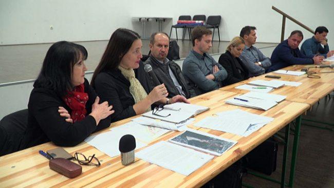 Posvet na temo izgradnje navezovale ceste na ulico Jožefe Lacko