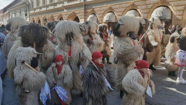 Posnetek etno povorke (sobota, ob 20.30 na PeTV)