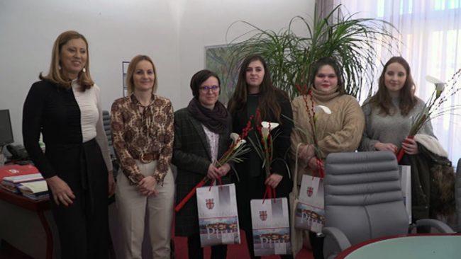 Sprejem za dijakinje Ekonomske šole Ptuj