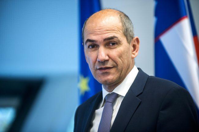 Nagovor predsednika vlade Janeza Janše državljankam in državljanom Republike Slovenije ob epidemiji koronavirusa