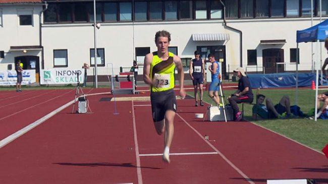 Žan Viher z novim rekordom v skoku v daljino