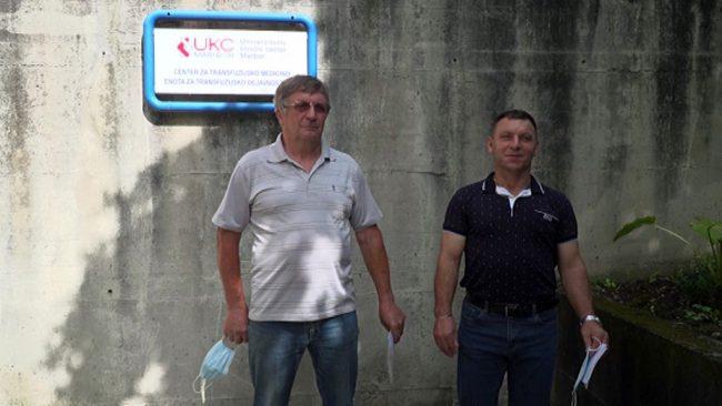 Janez Golob in Drago Furek stotič darovala kri