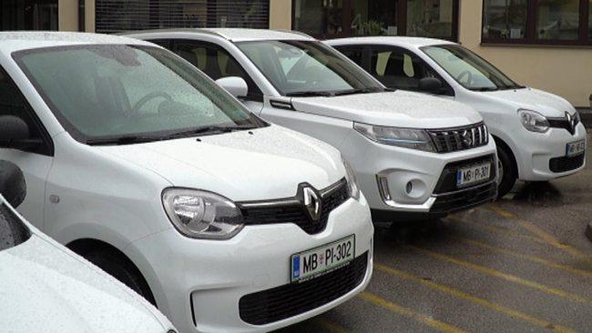 Zdravstveni dom Ptuj dobil šest novih vozil
