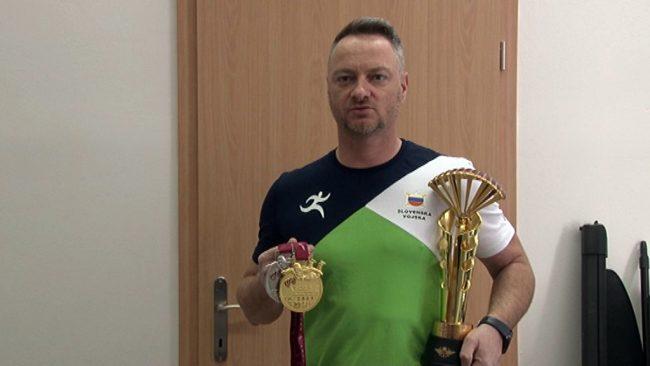 Padalec Peter Balta zmagal v Katarju