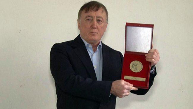 Vlado Čuš je prejel Bloudkovo plaketo