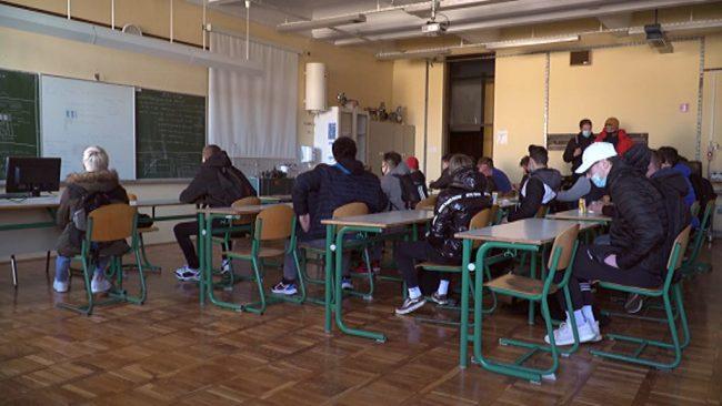 Vrnitev dijakov v šole