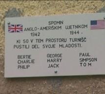 Plošča v spomin angloameriškim vojakom