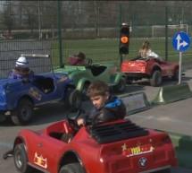 Učenci OŠ Mladika so se preizkušali kot vozniki