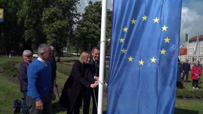 Dvig evropske zastave