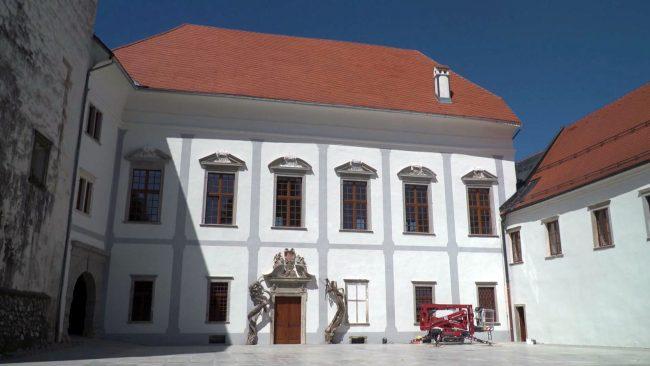 Prenova gradu Borl
