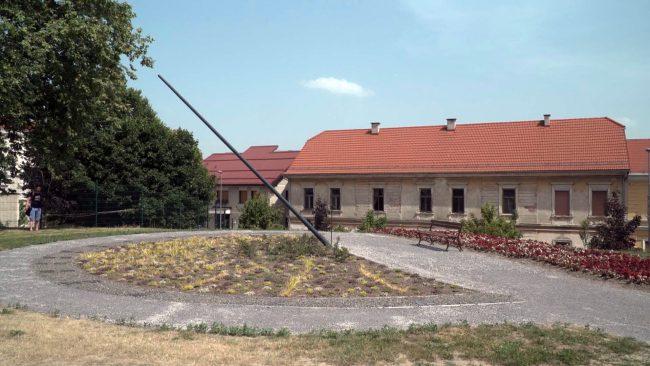 Največja vodoravna sončna ura v Sloveniji