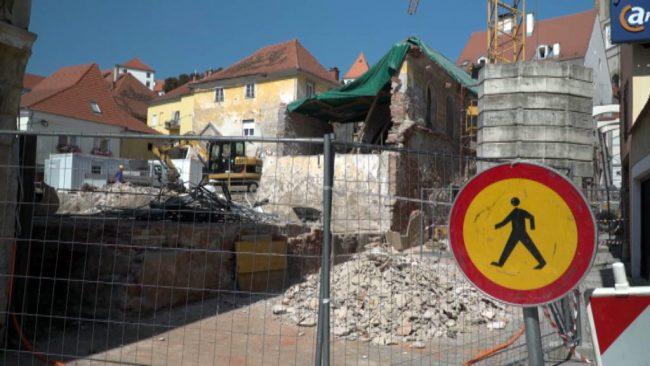 Izvajanje projekta Revitalizacija Stare steklarske in Vrazovega trga s pripadajočimi ulicami