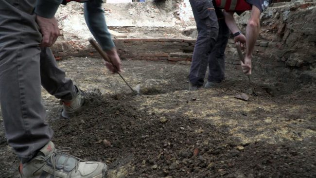 Arheološka izkopavanja v okviru projekta Revitalizacija Stare steklarske in Vrazovega trga s pripadajočimi ulicami